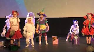 Танец на Новый год в детском саду - Утренник