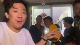 Đoàn Làm Phim Của Trấn Thành Nghỉ Quay Phim Để Cổ Vũ Đội Tuyển U22 Việt Nam Gặp Indonesia
