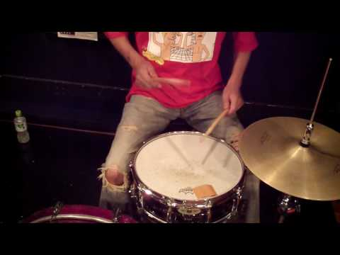 Travis Barker Drum Intro ( Box Car Racer - There Is ) - Drum Lesson #267