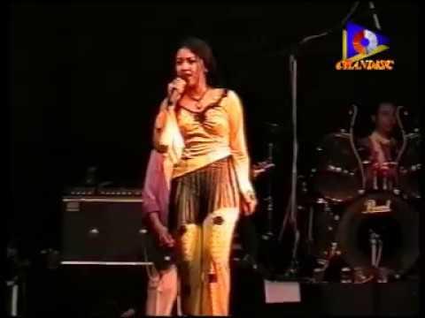 Pelangi - Devi Citasari - Avita 2003