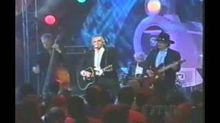 Johnny Cash-I walk the line (HD,HQ) [Live version] [720P]