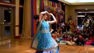 Mere hathon mein nau nau churiyan | Chandni | Sangeet Dance