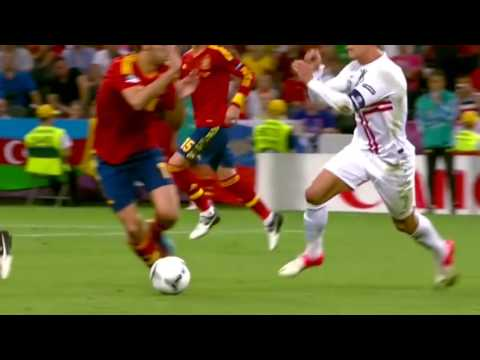 [EURO 2012] Portugal vs Spain Highlights Semi Final