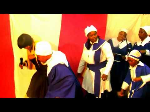 Thembakazi Stefani   Bawo ndingumntwana wakho (official video)