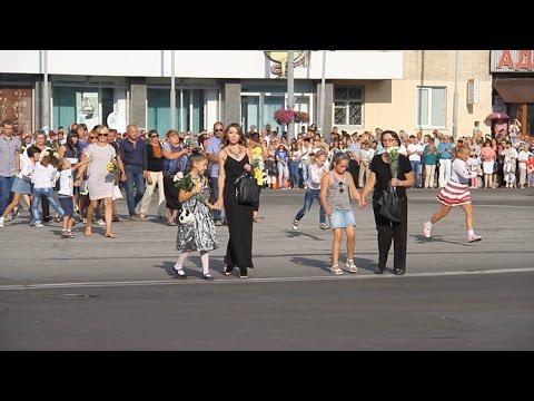 У День Житомира кілька тисяч житомирян аплодували родинам загиблих військовослужбовців
