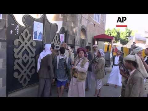 Shiite rebels take control of a key military base and Iman University
