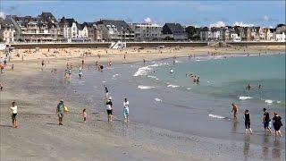 Quiberon ; La Grande Plage au Mois d'Août ; Port ; Morbihan ; Bretagne Sud ; France