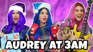 DESCENDANTS 3 AUDREY QUEEN OF MEAN AT 3AM? Audrey vs Mal and Evie. Totally TV Parody