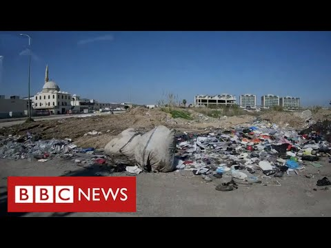 """UK plastic for """"recycling"""" dumped and burned in Turkey - BBC News"""