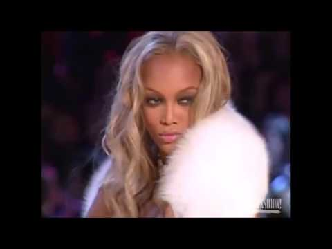 Тайра Бэнкс и Наоми Кэмпбелл / Tyra Banks Vs Naomi Campbell Runway