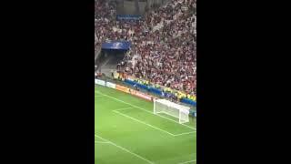 transmiten pelea entre aficionados de Inglaterra y Rusia en estadio de Marsella Francia