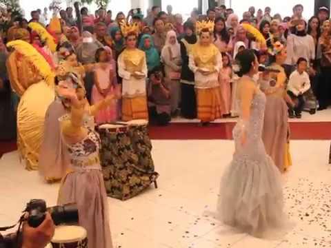 Mojang Priangan Dance SweetJava Entertaint