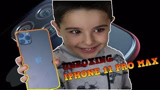 Unboxing Dad's iPhone Pro 11 Max