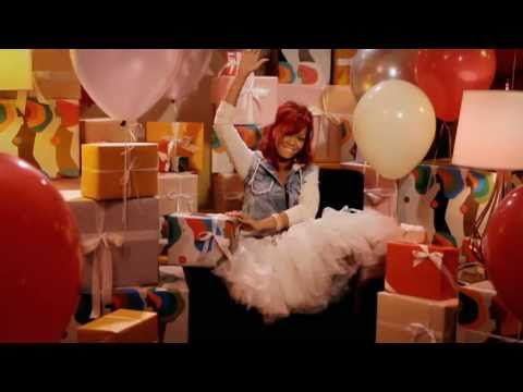 Rihanna sings happy birthday song!