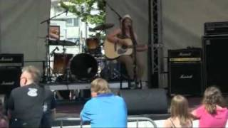 Download Live: Lina Kramer - set a place at your table