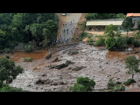 At least seven dead, hundreds missing after Brazil dam collapse