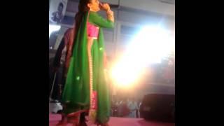 Download Hindi Video Songs - AASMANA RANG NI CHUNDI RE  BY VIDHI SHAH