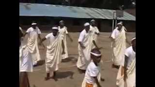Roho wa Nyagasani arantwikiriye | Chorale N