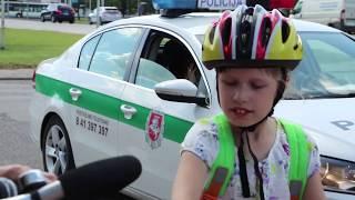 Smagus netikėtumas vaikams - pagyrimai iš policininkų rankų