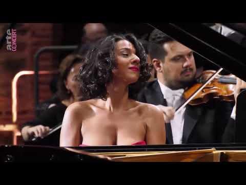 Zubin Mehta, Khatia Buniatishvili, Israel Philharmonic - Schumann, Op. 54 (without Crickets)