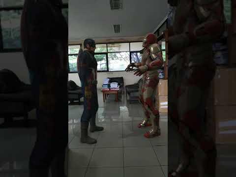 Captain America vs Iron Man AR