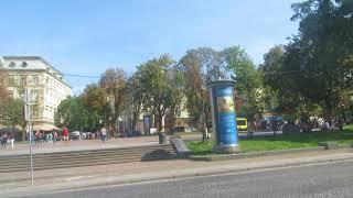 Львовский оперный театр,вид с другой стороны улицы...