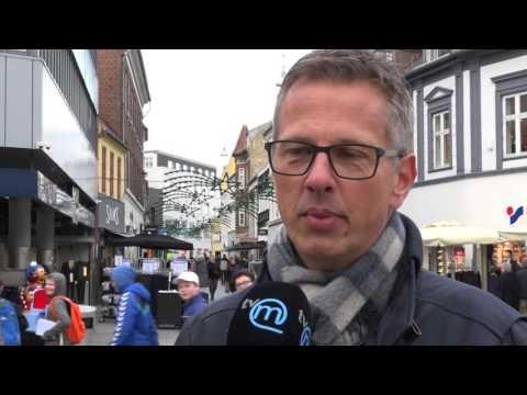 TV-M 21/11-16: Jul i Sakskøbing - Optakt til julen - Egetræ - Svømning - Kulturpris