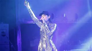 "Dua Lipa Performs ""Want To"" Live Video"