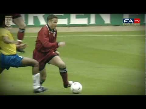 Le Saux recreates his stunning goal for England v Brazil at Wembley in '95 | FATV