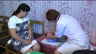 видео Дитячі хвороби: епідемічний паротит або свинка