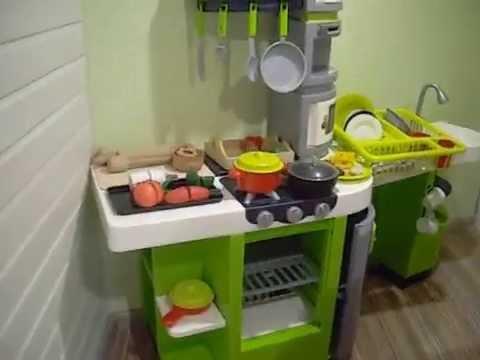 Купить или заказать недорого, большие электронные игровые детские кухни для девочек со звуком вы сможете на нашем сайте. Интернет-магазин детских игрушек предлагает кухни по доступной цене. Доставляем по всей россии.