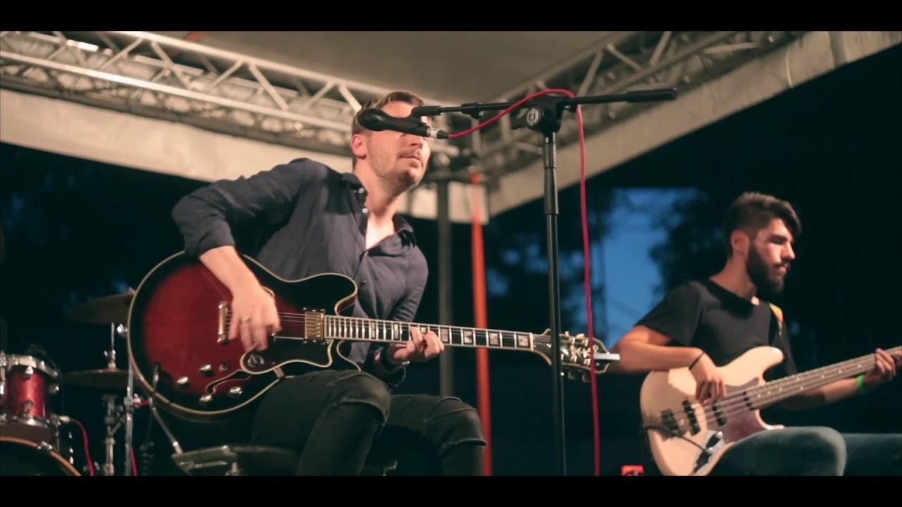 the mono jacks gândurile live la backyard acoustic season
