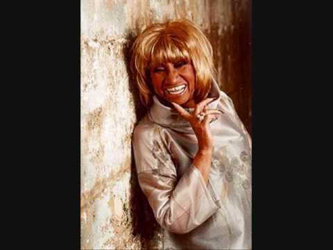 Celia Cruz (la REINA de la salsa) - La Negra Tiene Tumbao
