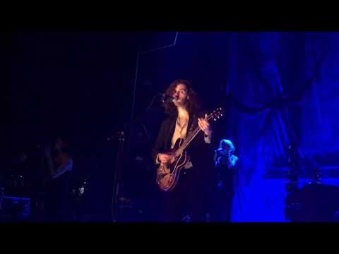 """Hozier - """"Work Song"""" live in Chicago, 9.21.18"""