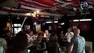 Café de pierik Zwolle zingt jordy Smit 👌