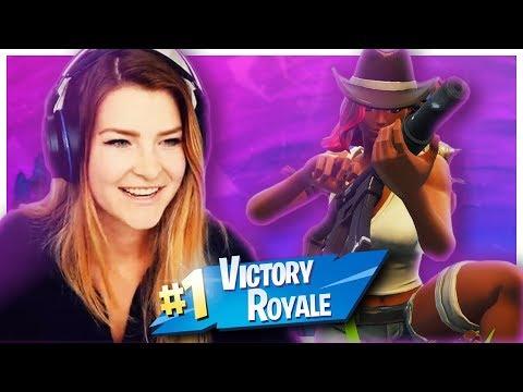 MY FIRST SEASON 6 WIN! w/ Alexiaraye (Fortnite: Battle Royale) | KittyPlays