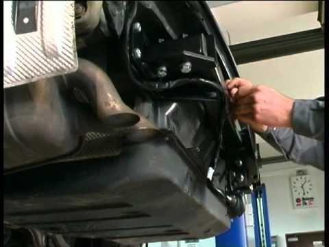 Auto Hak Anhängerkupplung starr E-Satz 13pol set top Typ W202 C-Klasse Limo