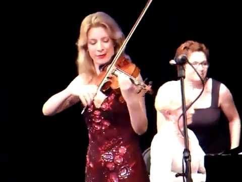 Elizabeth Pitcairn plays Gershwin