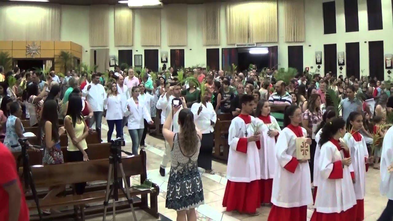 Resultado de imagem para O canto de abertura da Missa