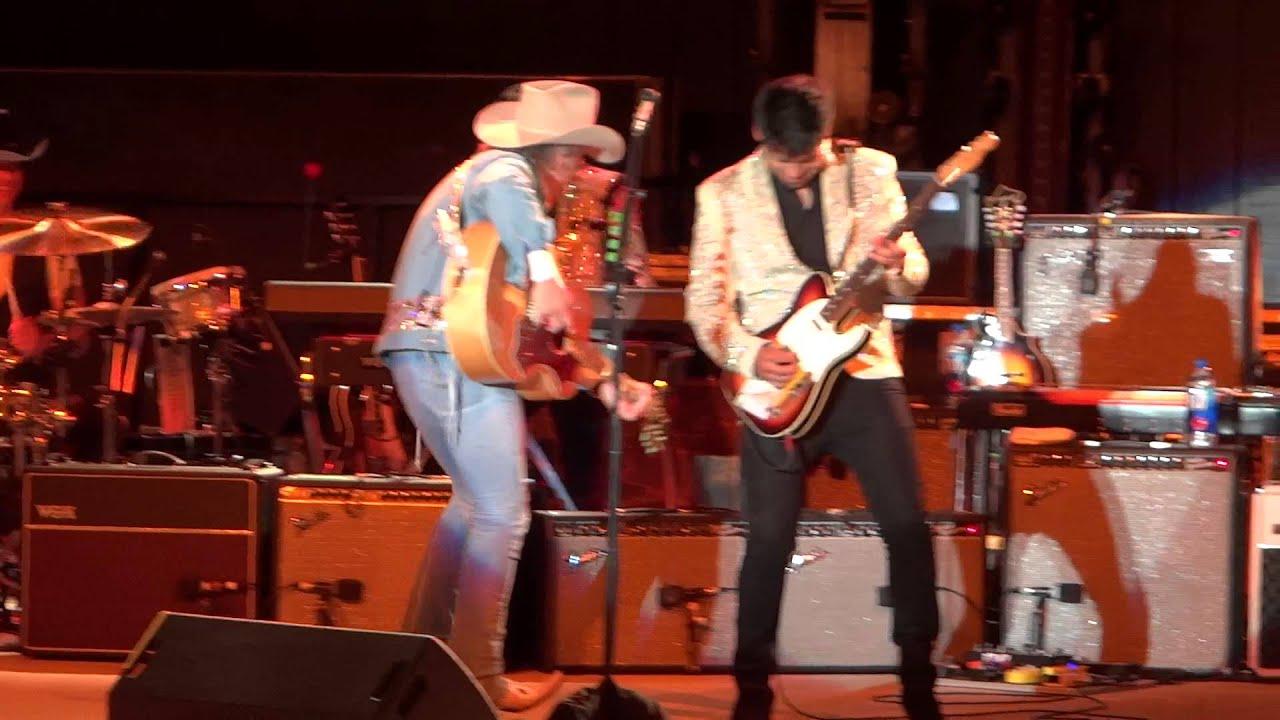 Dwight Yoakam: Guitars Cadillacs/Fast As You; Frederick, MD 9/20/15