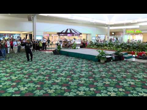 Come Celebrate World Tai Chi Day Kahala Mall 2014 everydaytaichi lucy chun Honolulu, Hawaii