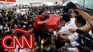 Claves para entender por qué ocuparon el aeropuerto de Hong Kong