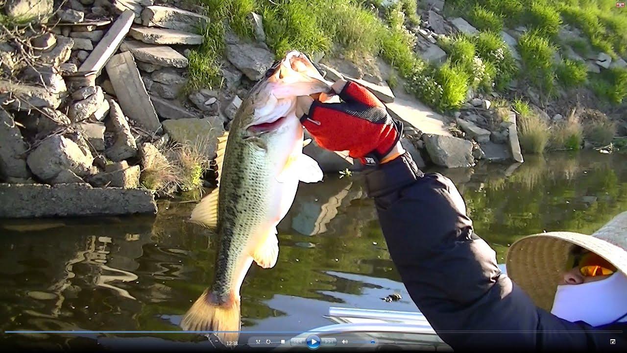 California delta bass fishing with homemade lures doovi for California bass fishing