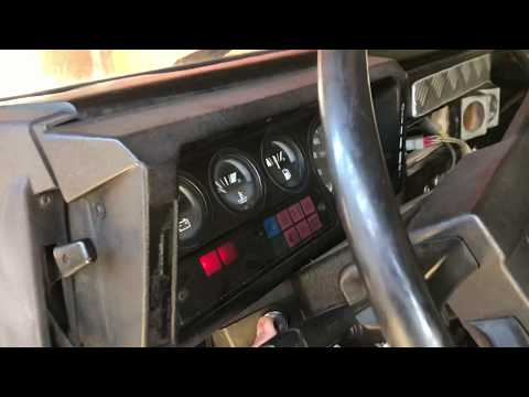 Land Rover Defender 90 2.5 TD Cold Start- 19j