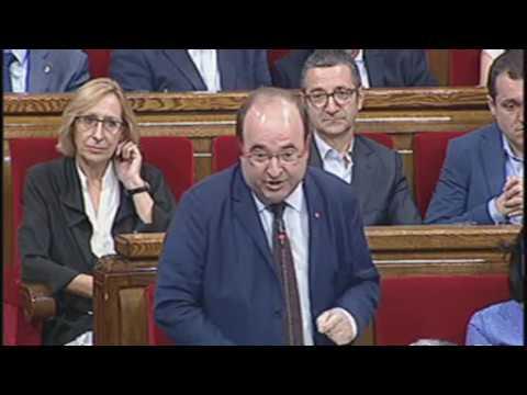 Negant informació del referèndum trepitgen drets de la oposició i de la ciutadania