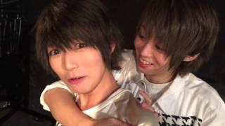 ツアーセミファイナル、岡山公演後の風男塾メンバーたちです。