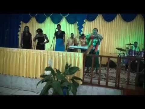 Evangelist Maxine Duncan Performing Live in Mandeville, Jamaica W I  May 3rd, 2014 Christian Woman