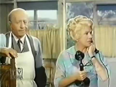 Petticoat Junction S05E10   Hawaii Calling