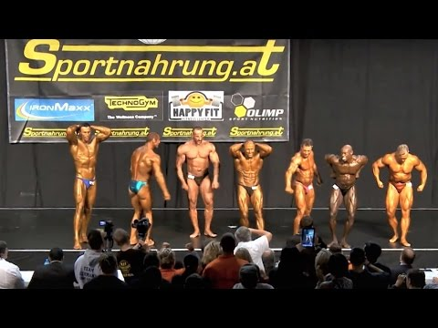 WFF Worlds 2012, Superbody Over 35 - Comparison & Posedown