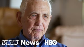 Daniel Ellsberg On Leaking In The Age Of Trump (HBO) thumbnail